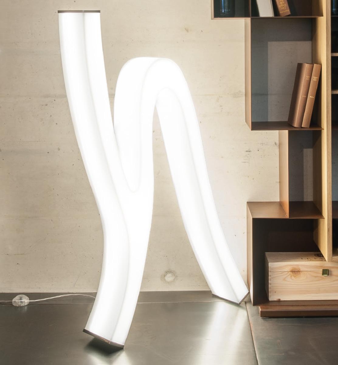 LASH Stehleuchte LED