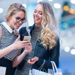 Empfehlungsmarketing im Einzelhandel – so fördern Sie die Mundpropaganda